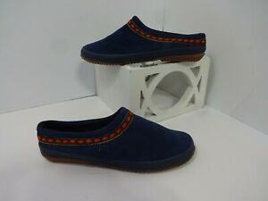 DANIEL GREEN CLOGS Size 7.5 M Navy/Red/Green Suede Slippers Rubber Sole