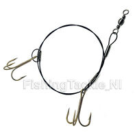 Pike Coarse Fishing Snap Tackle 30lb Kink Resistant Wire Trace & 2 Treble Hooks