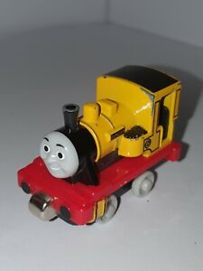 ●DUNCAN● Take~n~Play Along~ Thomas and Friends Tank Engine