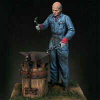 1/35 WWII blacksmith Resin Kits Unpainted Model Unassembled