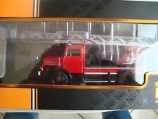 IFA S4000 DL Feuerwehr mit Drehleiter rot 1 43 IXO