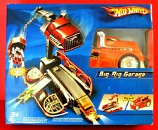 HOT WHEELS BIG RIG GARAGE Brand New Rare No Longer Made FREE SHIPPING