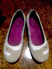Privo by Clarks Beige White PurpleSuede Walking Ballet Flats 9M Great.
