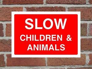 Slow Children & Animals Road Traffic Correx Safety Sign 300mm x 200mm Red.