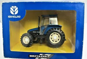 Britains 40516 New Holland TL80 Tractor - Boxed - (3193)
