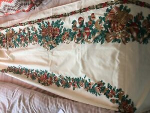 LARGE COTTON XMAS TABLE CLOTH
