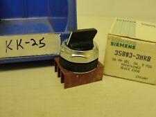 New box opened, Siemens black knob selector switch, 3 pos, 3SB03-3MKB