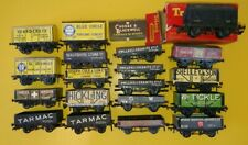 More details for peco wonderful wagons collection of 16 and old tri-ang wagon