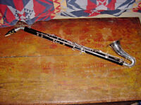VINTAGE THE PEDDLER CO. WOOD  ALTO CLARINET ORIGINAL CASE ELKHART INDIANA 1950S