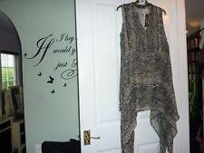 Ladies long line Chiffon top by SAVOIR size  18