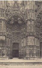 tours cathédrale saint gatien ,portail de gauche