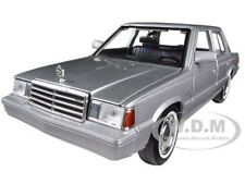 1983 PLYMOUTH RELIANT SILVER 1/24 DIECAST CAR MODEL BY MOTORMAX 73336