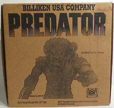 PREDATOR : SOFT VINYL PREDATOR MODEL KIT MADE BY BILLIKEN IN 1991