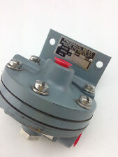 MOORE PRODUCTS CO66BR6Pneumatic Relay Amp 6