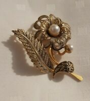 Vintage Damacene Toledo Flower Brooch Pin goldtone black faux pearl