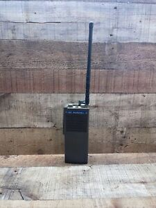 Vintage Motorola Handheld Two-Way Radio Walkie Talkie H21DCN-1100AW Untested