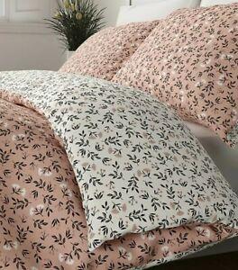 Marks & Spencer Pink Ditsy Floral Reversible KINGSIZE Duvet Set NEW