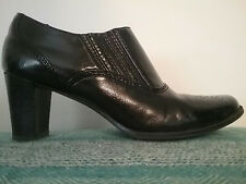 "Etienne Aigner Nessie Women's Shoe Ankle Boot Size 8 M Black 2 1/2"" Heel"