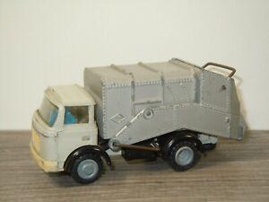 Berliet Gak Refuse Wagon - FJ France *53267