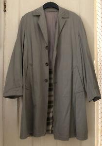 Khaki vintage mens trench coat size medium