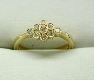 Beautiful 18 Carat Gold And Lemon Coloured Diamond Cluster Ring Size N.1/2