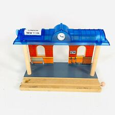 2008 Thomas And Friends Wooden Railway Train Depot