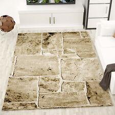 Alfombra de diseño moderna con apariencia de muro de piedra en beige y marrón