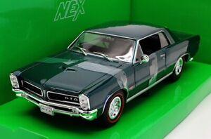 Welly Nex 1/24 Scale Model Car 22092W  - 1965 Pontiac GTO - Dark Green