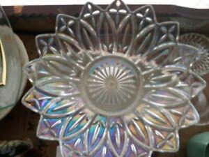 Vintage iridescent federal petal glass bowl 26cm diameter