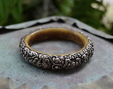 """Vintage Repousse SILVER and RESIN 14mm BANGLE Bracelet 7"""" Circumference"""