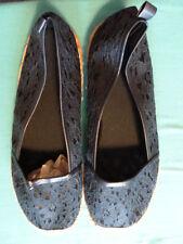 GF8) BNIP Cute navy blue Cora lace espadrilles size 7 Avon (opened)