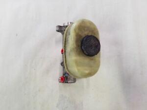 Brake Master Cylinder w/o Cruise   Fits 1999-2004 Ford F250 F350