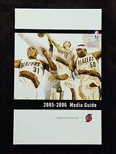 2005 2006 Portland Trail Blazers Media Guide. Przybilla, Randolph, Telfair. NBA.