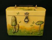 VINTAGE MARTHA LEE WOOD DECOUPAGE BOX HANDBAG w/ BAKELITE HANDLE- 3D MUSHROOMS