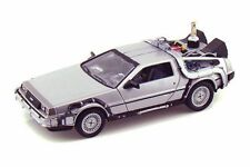 BACK TO FUTURE II DELOREAN TIME MACHINE 1/24 SCALE DIECAST CAR BY WELLY 22441SV
