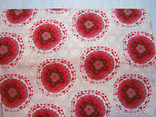 "Fabric, 100% cotton, Tina Givens Lilliput Fields, 43/44"" wide, Snazzy Ivory"
