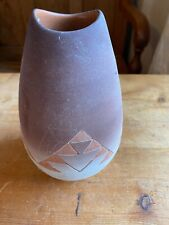 More details for native american sioux pottery vase by kate dismounts