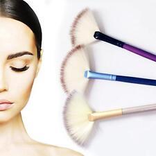 Slim Fan Shape Concealer Blending Foundation Makeup Brush Contour Highlight Powd