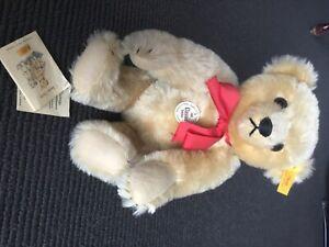 Original Steiff 1909 Classic teddy Bear 000379