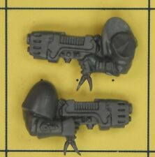 Warhammer 40K Space Marines Space Wolves Wolf Pack Scout Plasma Pistols