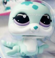 LITTLEST PET SHOP ☀ BLUE & WHITE WALKING SEAL #2122 ☀ NIP ☀ WALKABLES SEA LION