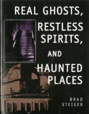 Real Ghosts, Restless Spirits, and Haunted Places by Brad Steiger (2003, Paperba