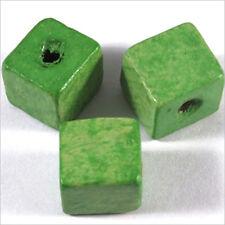 20 Perles Cubes en Bois 12mm Vert Anis