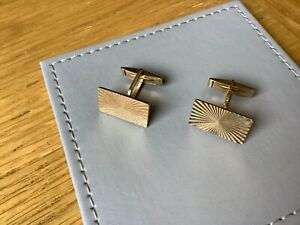 Vintage Mens Modern Style Gold-Plated Cufflinks..