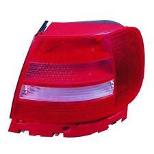 AUDI A4 B5 99-01 RIGHT REAR LIGHT LAMP SALOON