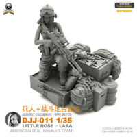 1/35 Female Soldier Resin Model Kits Unpainted Figure YuFan