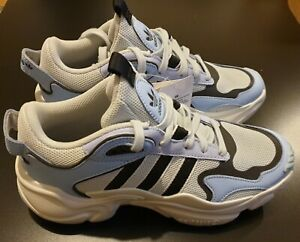 Adidas Originals Magmur Glow Blue Runner Women UK Size 5,5   Brand New