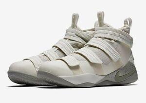 NEW Nike Lebron James Soldier 11 Light Bone Sneakers Size Men's 13 #897646-005