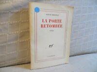 la porte retombée par Louise Bellocq Gallimard 1960