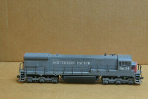 ATHEARN HO Southern Pacific U30C #8634 (Dummy)